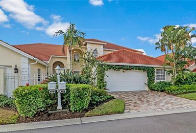 2132 Paget Cir Naples FL 34112