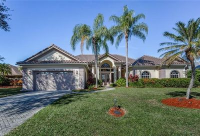 5845 Cloudstone Ct Naples FL 34119