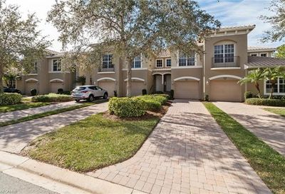 18910 Bay Woods Lake Dr Fort Myers FL 33908