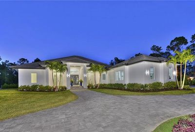 6521 Bottlebrush Ln Naples FL 34109