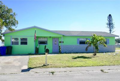 1 E Clermont Ct Fort Myers FL 33916