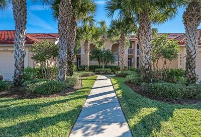 2840 Cypress Trace Cir Naples FL 34119