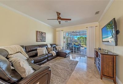 747 Teton Ct Naples FL 34104