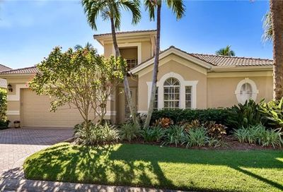 2243 Island Cove Cir Naples FL 34109