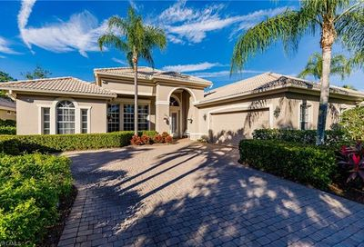 9290 Hollow Pine Dr Estero FL 34135