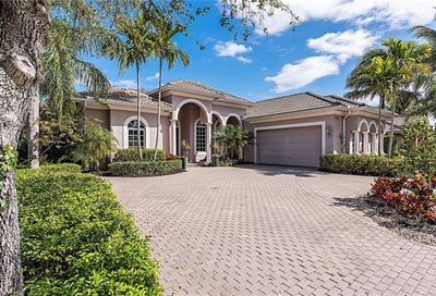 7686 Mulberry Ln Naples FL 34114