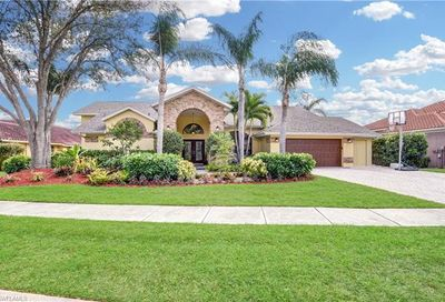 65 Timberland Cir S Fort Myers FL 33919