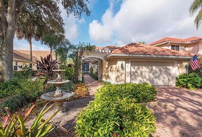 258 Edgemere Way E Naples FL 34105