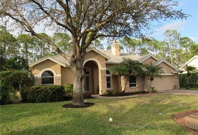 2135 Imperial Cir Naples FL 34110