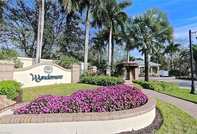 76 Water Oaks Way Naples FL 34105