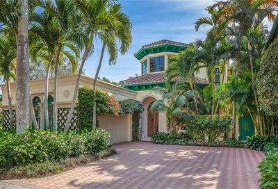 248 Point Salerno Naples FL 34108