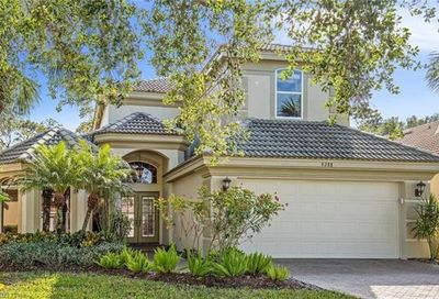 9288 Troon Lakes Dr Naples FL 34109