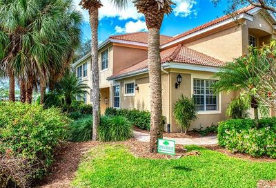 2304 Ashton Oaks Ln Naples FL 34109