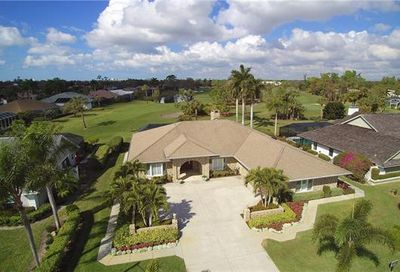 2016 Imperial Golf Course Blvd Naples FL 34110