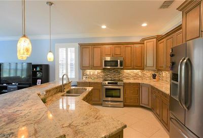 2351 Butterfly Palm Dr Naples FL 34119