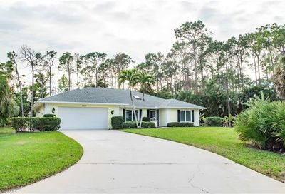 2207 Majestic Ct S Naples FL 34110