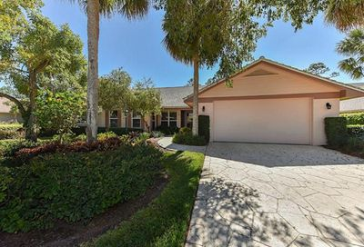 179 Edgemere Way S Naples FL 34105