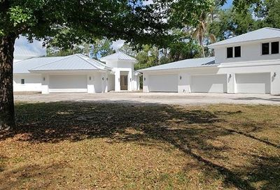 2675 68th St SW Naples FL 34105