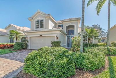 2004 Timarron Way Naples FL 34109