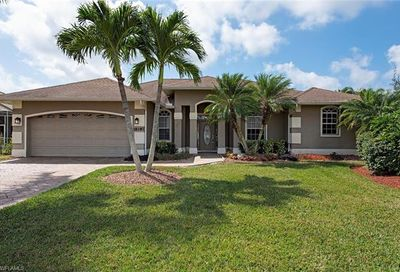 18187 Baywood Dr Naples FL 34114