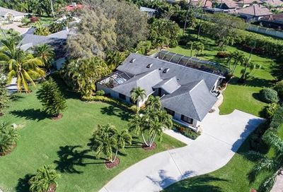 1931 Empress Ct Naples FL 34110