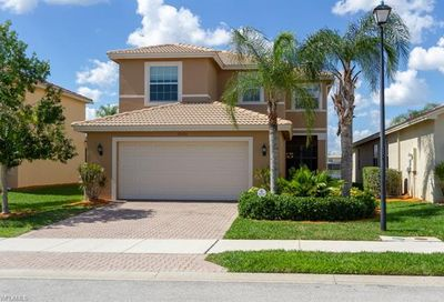 10550 Carolina Willow Dr Fort Myers FL 33913