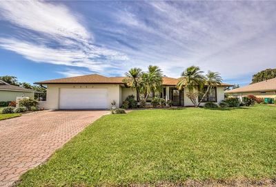 2235 Imperial Golf Course Blvd Naples FL 34110