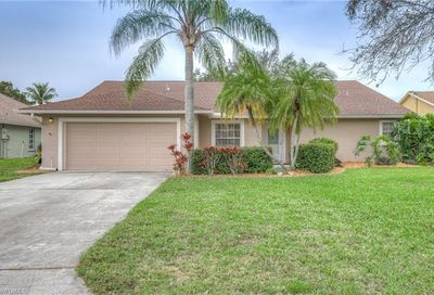 10256 Boca Cir Naples FL 34109