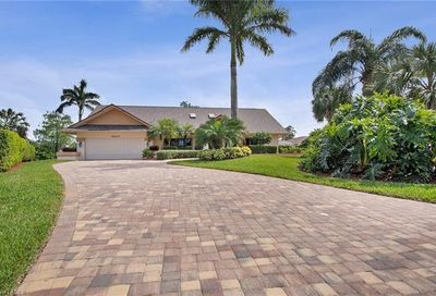 2204 Majestic Ct N Naples FL 34110