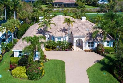 557 Portsmouth Ct Naples FL 34110