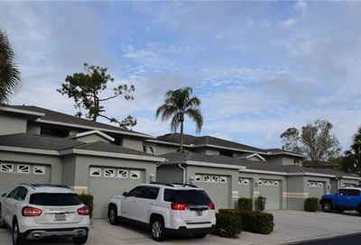 905 New Waterford Dr Naples FL 34104
