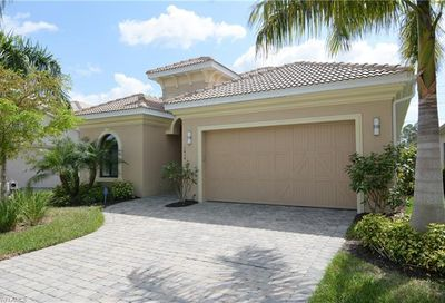 1614 Serrano Cir Naples FL 34105