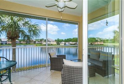 2305 Carrington Ct Naples FL 34109