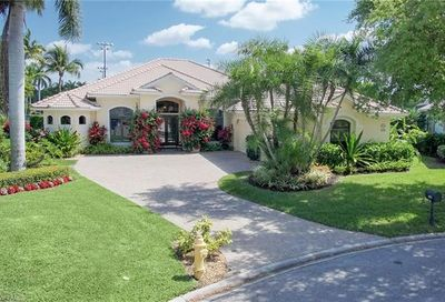 5228 Old Gallows Way Naples FL 34105