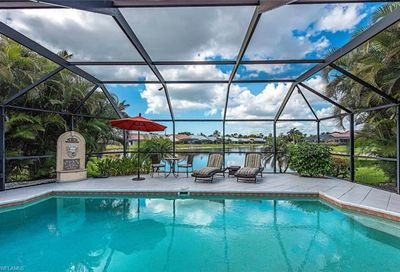 265 Countryside Dr Naples FL 34104