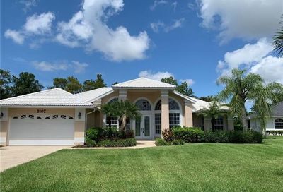 9107 Pinnacle Ct Naples FL 34113