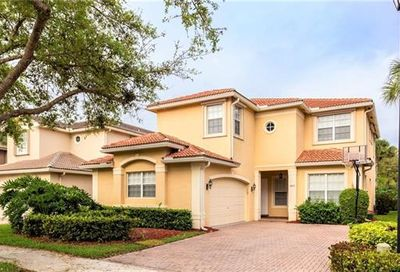 2419 Butterfly Palm Dr Naples FL 34119
