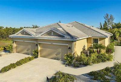 14581 Abaco Lakes Dr Fort Myers FL 33908