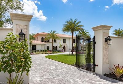 60 Eugenia Dr Naples FL 34108
