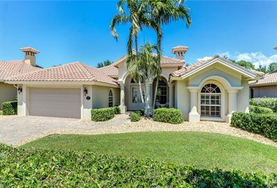 971 Tivoli Ct Naples FL 34104