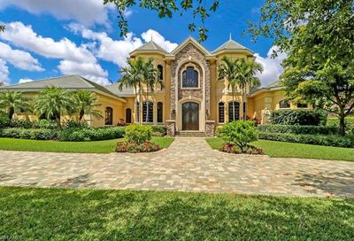 6207 Highcroft Dr Naples FL 34119