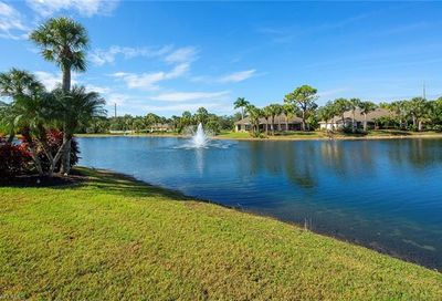 1360 Park Lake Dr Naples FL 34110