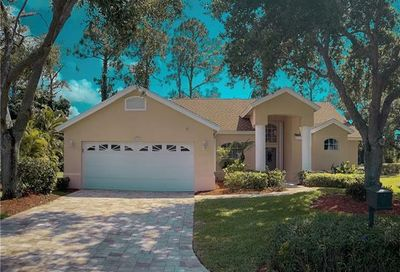 5020 Brixton Ct Naples FL 34104