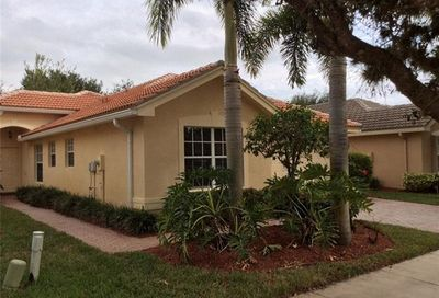 2048 Painted Palm Dr Naples FL 34119