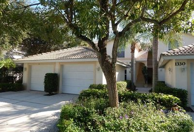 1330 Charleston Square Dr Naples FL 34110