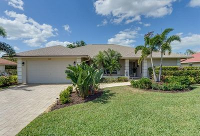 2249 Imperial Golf Course Blvd Naples FL 34110
