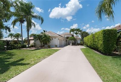 4389 Pomarine Ct Naples FL 34119