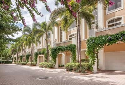 7045 Pelican Bay Blvd Naples FL 34108