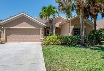 6961 Autumn Woods Blvd Naples FL 34109