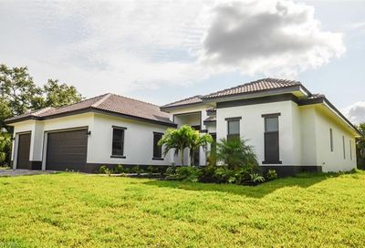 522 19th St NW Naples FL 34120